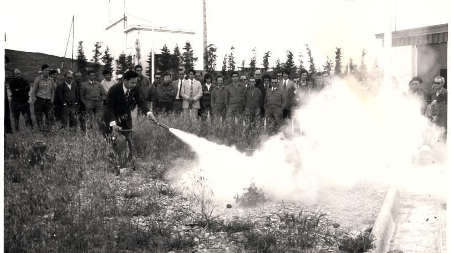 Prácticas de extinción de incendios. Sin localización conocida. | MARIO CORRAL