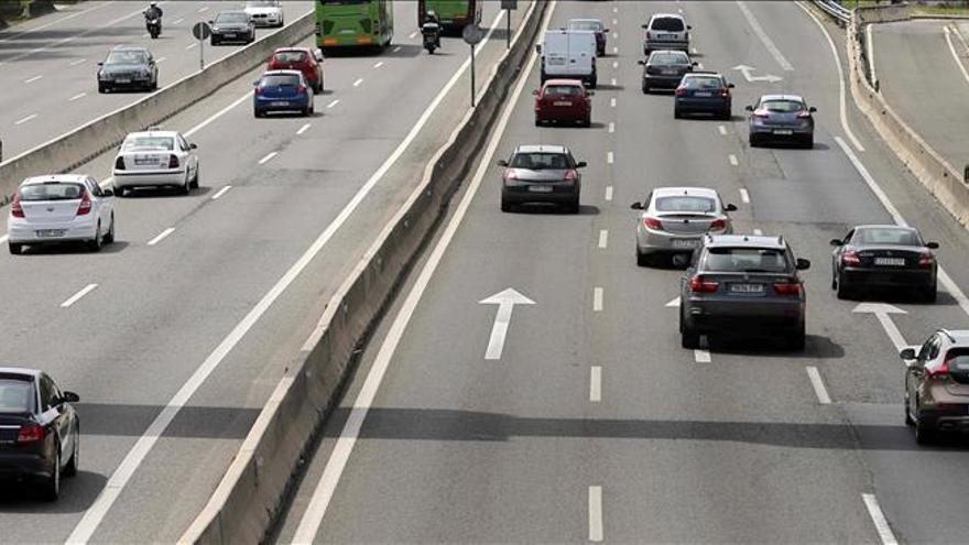 Cuatro muertos en las carreteras, entre ellos un motorista y un ciclista