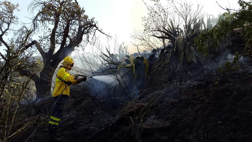 Incendio en Tejeda provocado por utilizar una radial