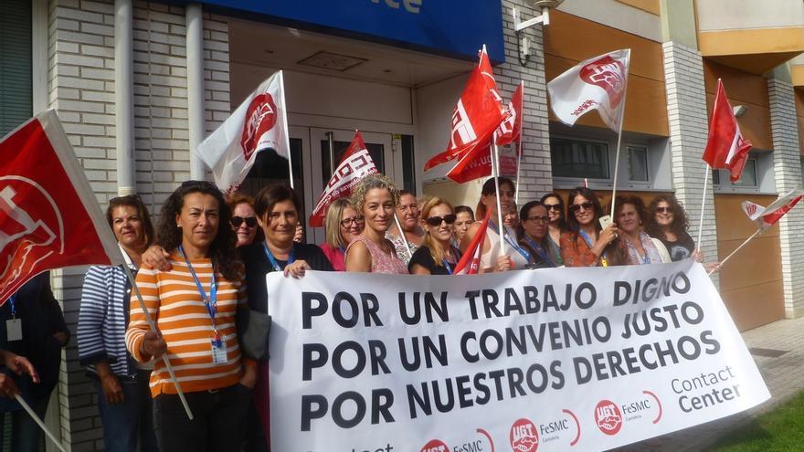 El 70 por ciento de la plantilla de telemárketing secunda la huelga en Cantabria