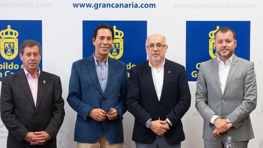 José Vélez, junto a Antonio Morales