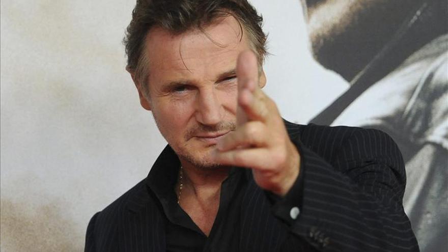 El irlandés Liam Neeson, condecorado por su carrera en su pueblo natal