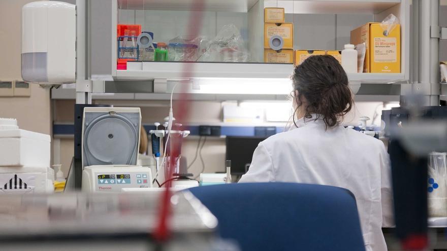 Científicos de la Consejería de Salud sacan sus trabajos a la calle en la Noche Europea de los Investigadores