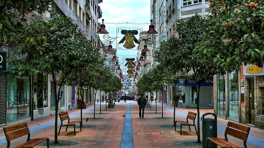 La calle Rosalía de Castro, llamada así desde el año 2002