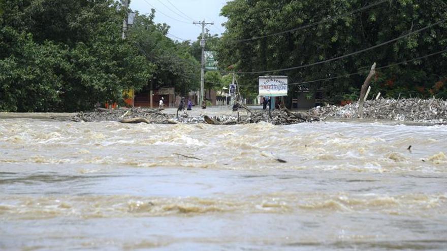 Cancelan varios vuelos desde Santo Domingo por la amenaza del huracán María