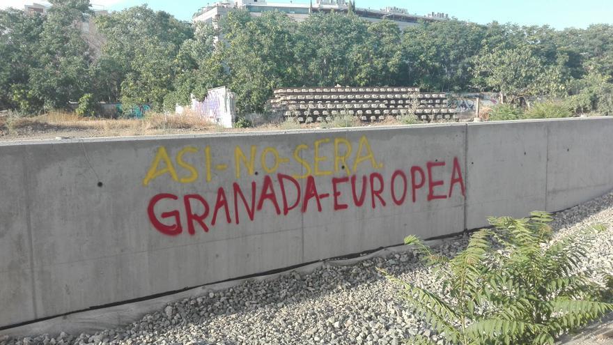 El muro que están levantando /foto: C. Marchena