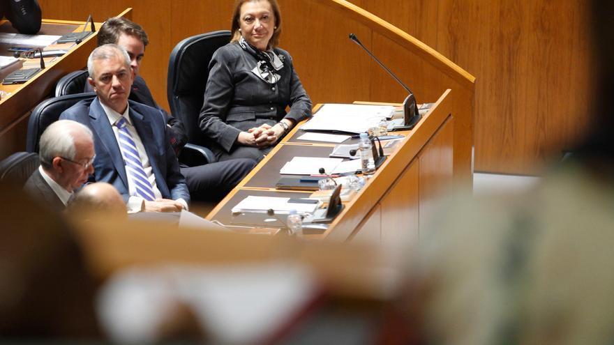 Luisa Fernanda Rudi, con sus responsables de Hacienda y de Economía en 2014, Javier Campoy y Francisco Bono.