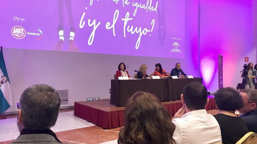 Junta y UGT-A destacan la importancia de elaborar planes de igualdad en las empresas para fomentar la conciliación
