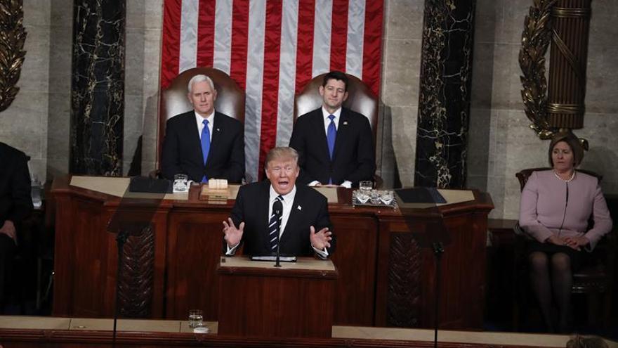 Trump quiere aprovechar la buena acogida de su discurso para avanzar su agenda