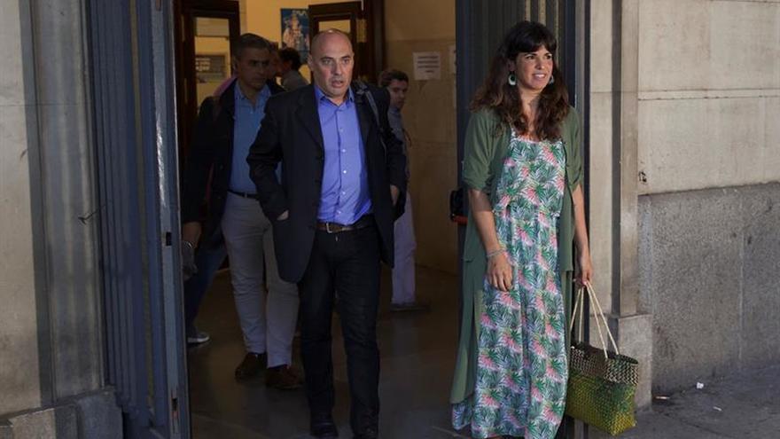 Rodríguez denunció a empresario que simuló besarla para que no vuelva a hacerlo