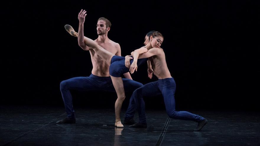 El Teatro Circo de Marte de Santa Cruz de La Palma acoge este miércoles la actuación del prestigioso Ballet de Carmen Roche.