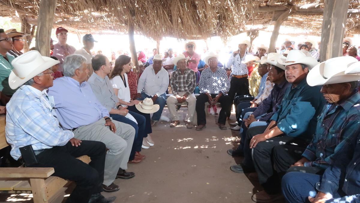 Los ocho grupos Yaqui y el gobierno mexicano firmaron, en agosto pasado, un acuerdo para garantizar los derechos territoriales, incluyendo la gestión del agua, de ese pueblo indígena, cuyo dirigente Tomás Rojo desapareció el 27 de mayo en Vícam, su comunidad, en el norteño estado de Sonora.