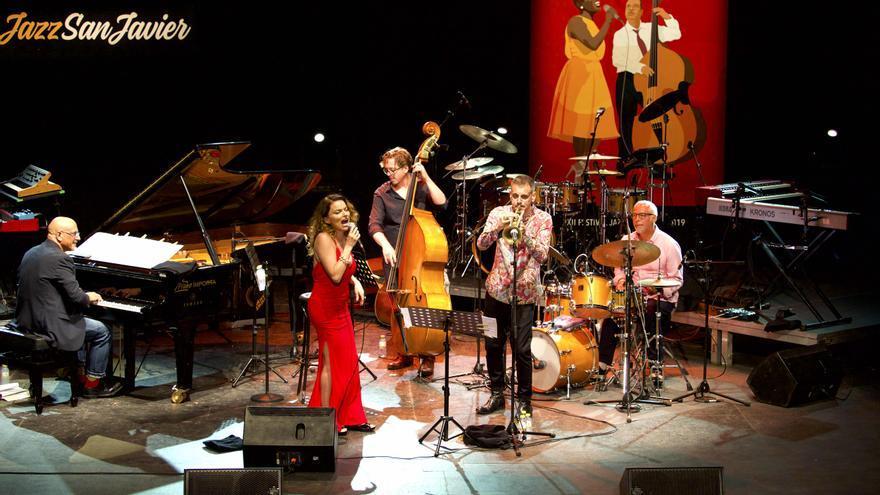 Roberta Gambarini y Fabrizio Bosso Quintet /  GOIO VILLANUEVA