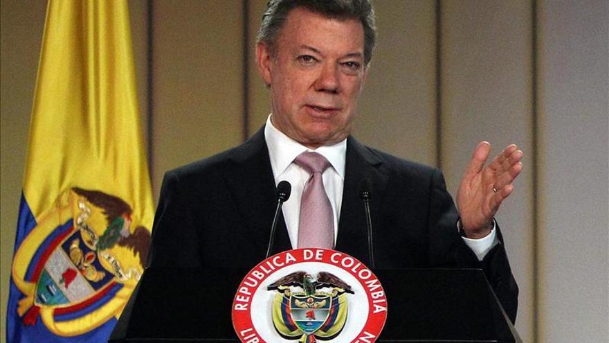 """Santos dice que la invitación de la OCDE a Colombia es un """"reconocimiento"""" a su Gobierno"""