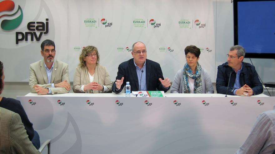 """Egibar cree que la ciudadanía vasca """"va a tener la oportunidad de marcar la diferencia"""" en las elecciones generales"""