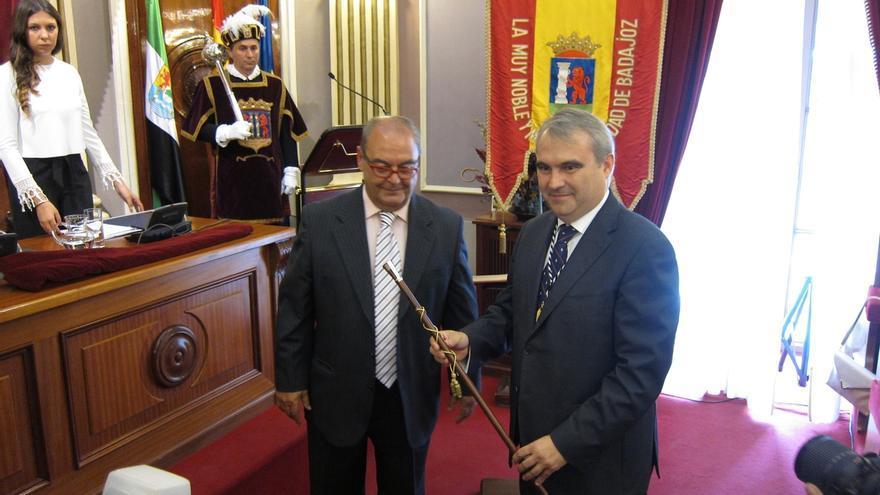 Fragoso (PP) es proclamado alcalde de Badajoz gracias a la abstención de Ciudadanos
