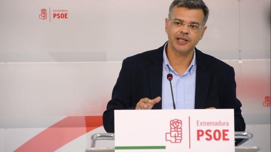 """El PSOE extremeño cree que si Puigdemont rectifica antes del viernes, hay """"alguna posibilidad"""" de no aplicar el 155"""