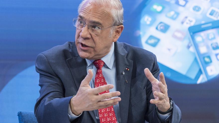 """Gurría """"satisfecho"""" por poner desde la OCDE a las personas en el centro"""
