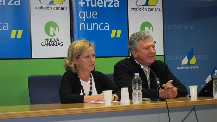 [CC-NC] Comparecencia de Ana Oramas y Pedro Quevedo para valorar la reunión con Su Majestad el Rey Ana-Oramas-Pedro-Quevedo_EDIIMA20150902_0289_18