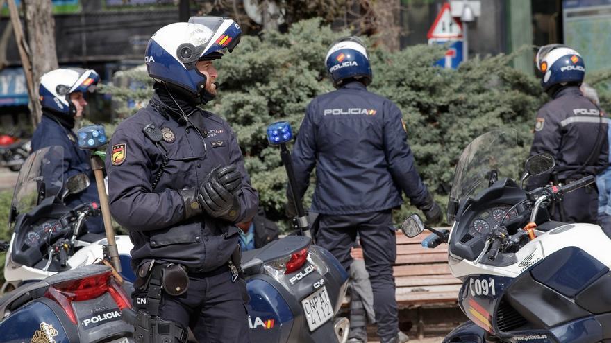 Detenidas 188 personas por defraudar casi seis millones de euros ofreciendo permisos de residencia