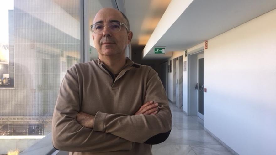 El historiador Xavier Casals, en un momento de la entrevista.