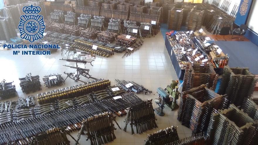 Ascienden a más de 10.000 las armas del arsenal de guerra intervenido en enero en Cantabria, Vicaya y Girona