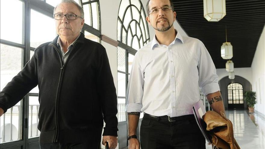 Podemos reitera su no a la investidura de Díaz y el PSOE habla de acercamiento