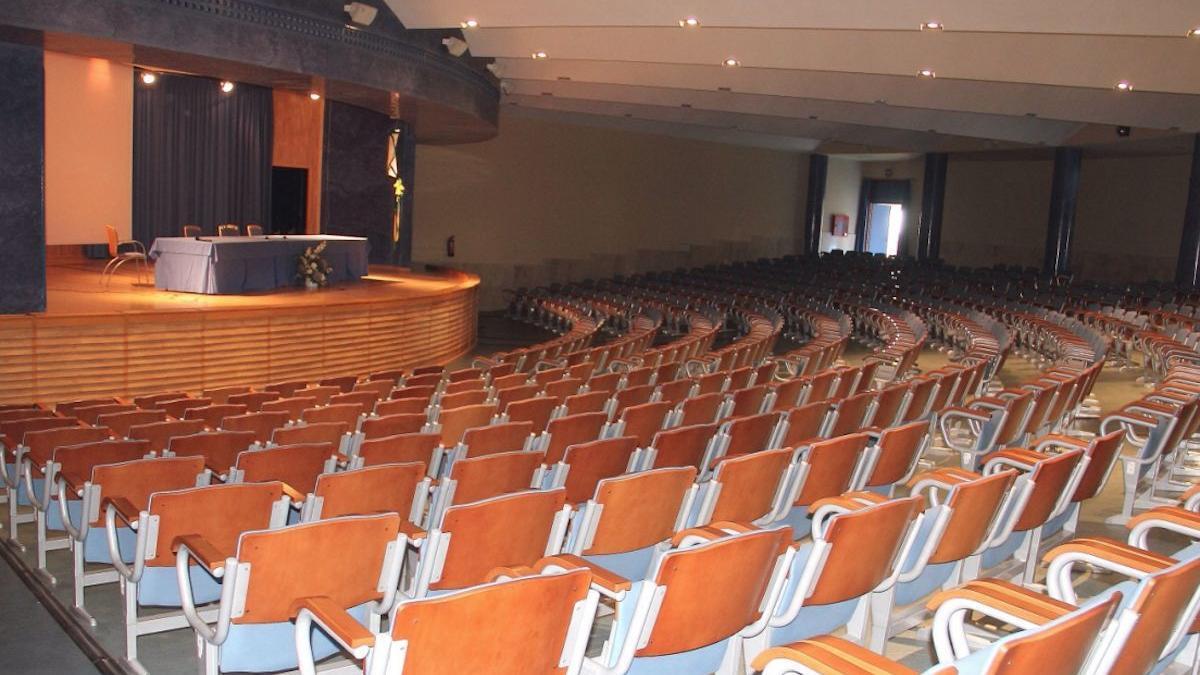 Imágenes del Auditorio del Colegio La Salle/Teatro El Brillante
