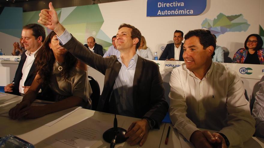 """Casado dice a Santamaría que """"la puerta está abierta"""" para una integración """"posible"""" y """"necesaria"""""""