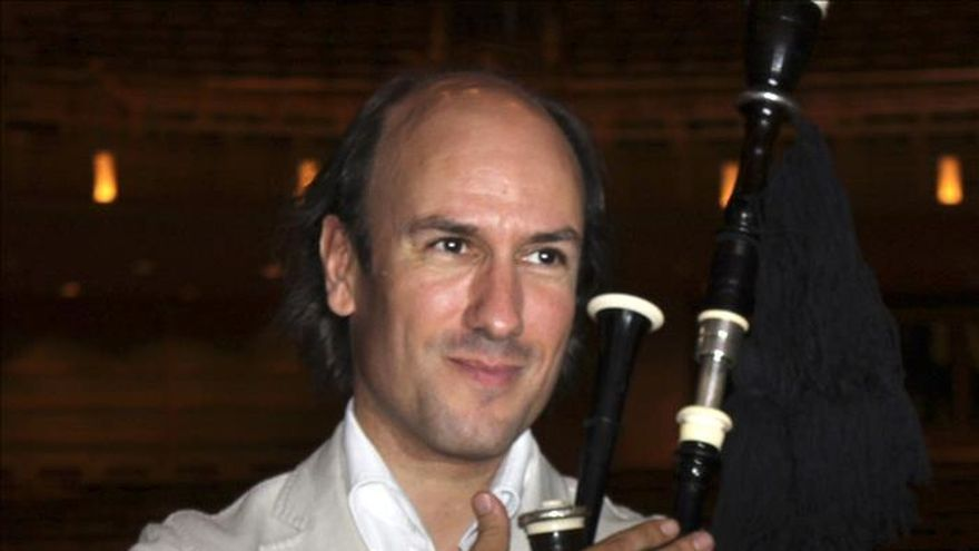 """Carlos Núñez obtiene el XX Premio Europeo de Folklore """"Agapito Marazuela"""""""