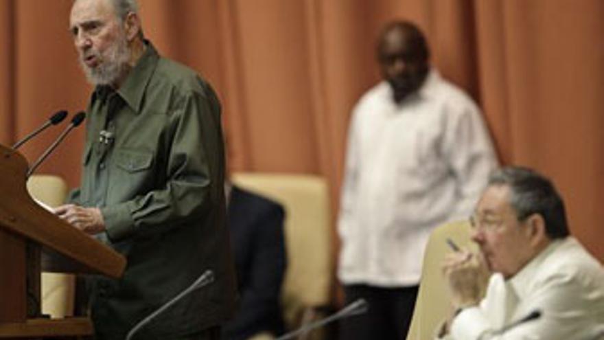 Fidel Castro, durante su comparecencia ante la Asamble Nacional. (ENRIQUE DE LA OSA / REUTERS)