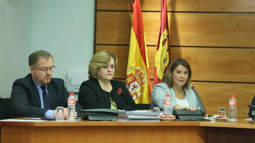 Agustina García en la Comisión de Economía y Presupuestos. FOTO: JCCM