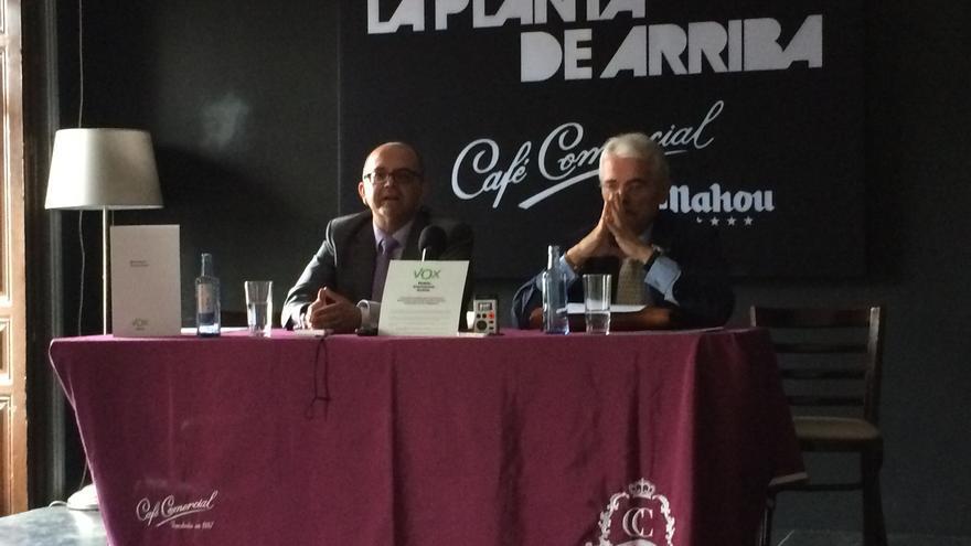 Alonso Neira (i) y Antonio de la Torre (d) durante la rueda de prensa / MPB