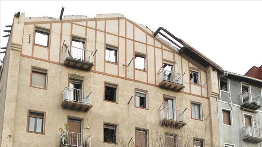 Un muerto y catorce heridos en los ocho incendios de las últimas 24 horas