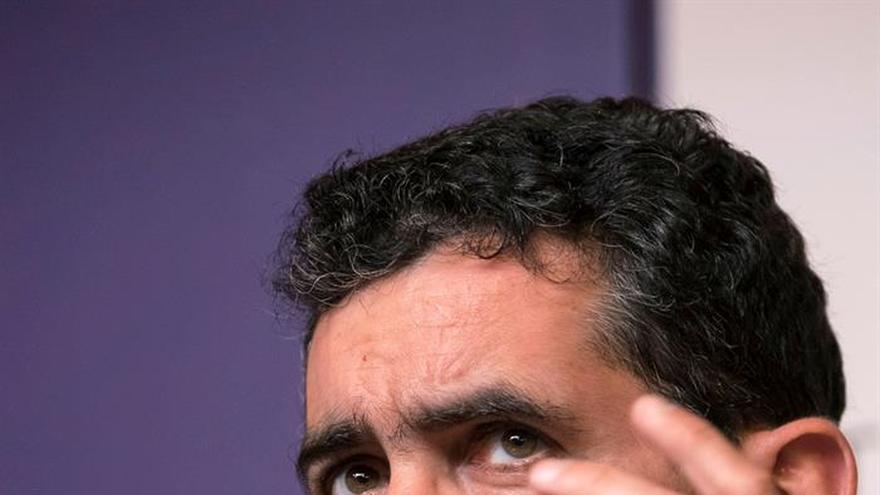 """Mayorga neutraliza la desmemoria con las armas del teatro en """"El cartógrafo"""""""