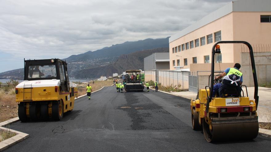 En la imagen, obras de asfaltado en el polígono industrial de Mirca en 2013.