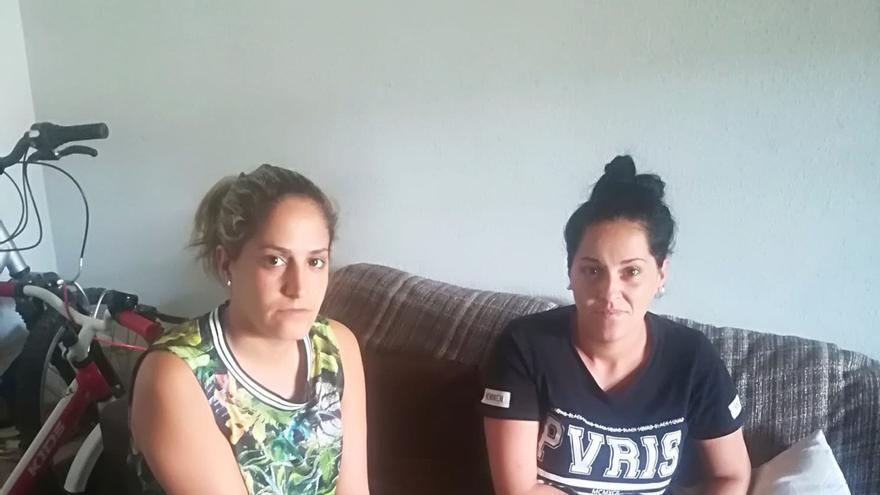 Nereida y Natalia, las dos hermanas en riesgo de desahucio el barrio de la Vega de San José.