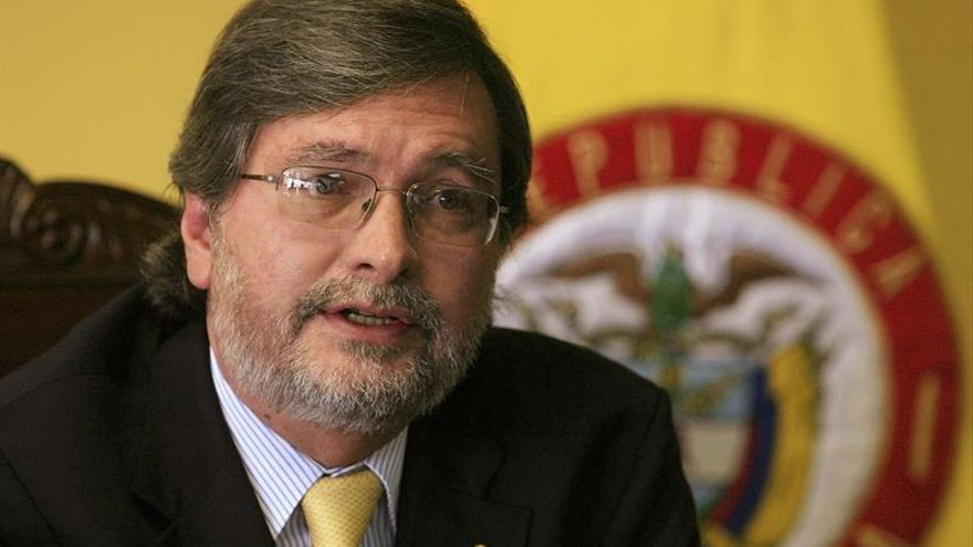 Ecuador y España firmarán convenios sobre vivienda y cooperación policial