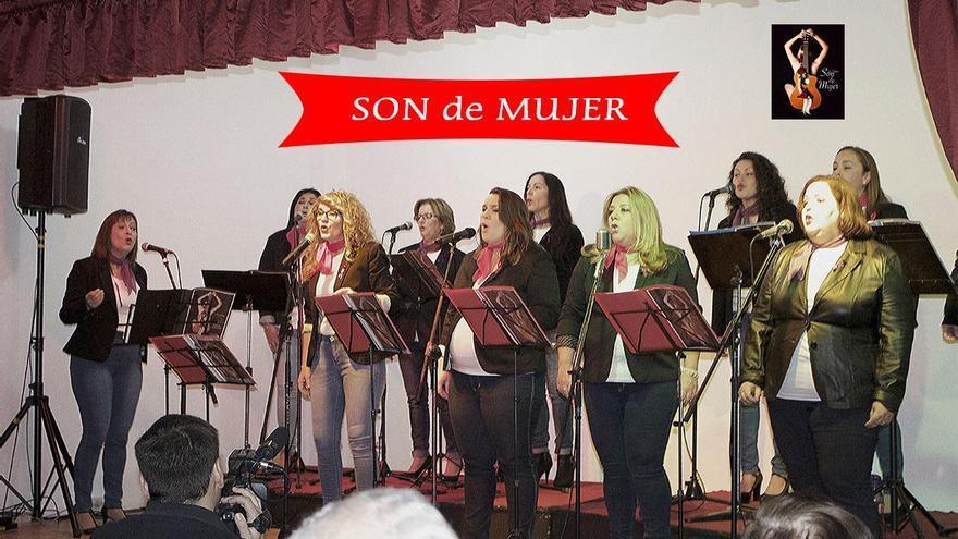 El grupo musical Son de Mujer.
