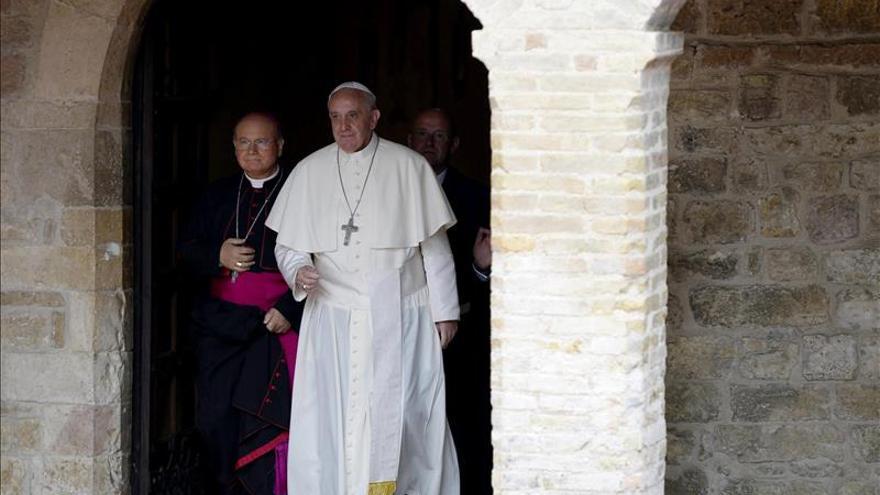 El limosnero del Papa desvela el deseo de Francisco de salir con él a ayudar a los pobres