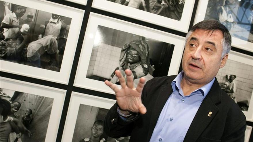 Gervasio Sánchez afirma que la guerras acaban cuando se identifica al último desaparecido