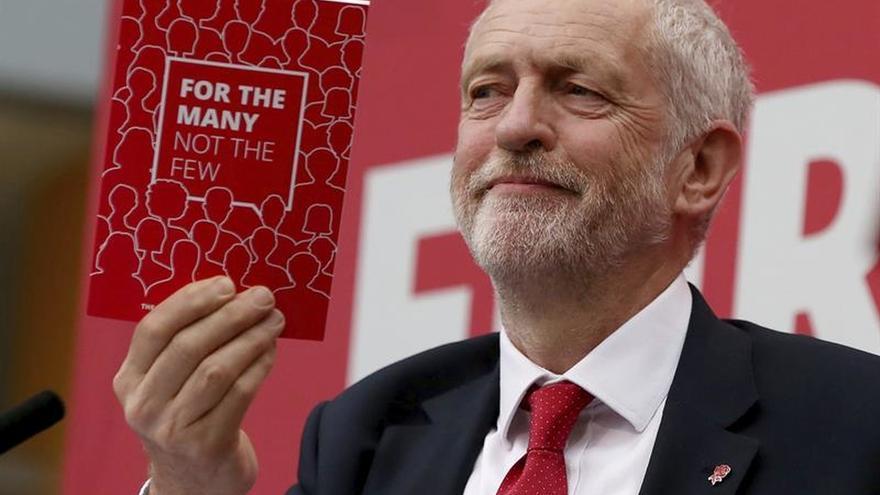 """Corbyn promete """"nuevas prioridades"""" en la negociación del """"brexit"""""""