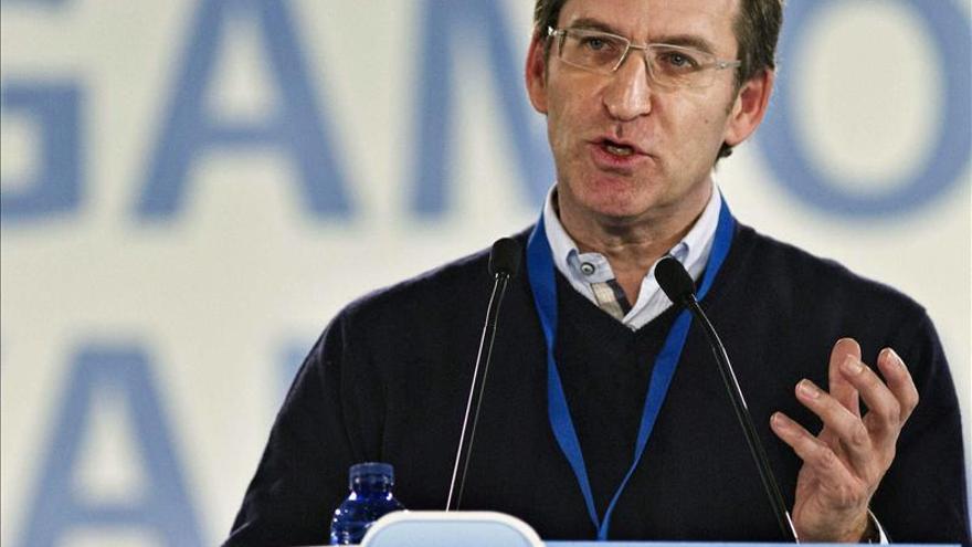 """Feijóo afirma que ante la revisión de las cuentas del PP """"siempre hay que investigar"""""""