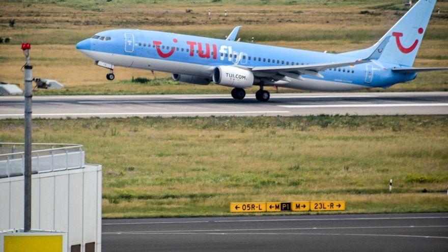 TUI cancela los paquetes de viaje a España, a excepción de Canarias