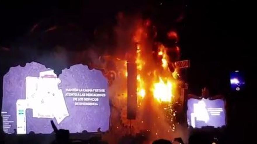 Incendio en el escenario principal de Tomorrowland Barcelona.