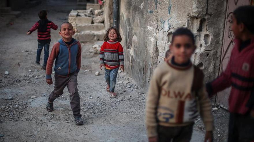 El 60% de los 31.500 civiles que han huido de Alepo son niños
