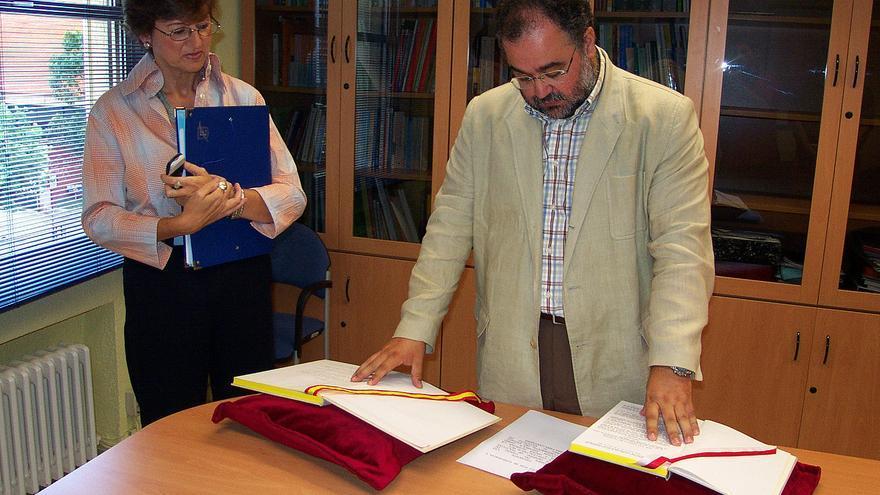 Julio Soto durante su toma de posesión como director general de Políticas Sociales en 2003.   ARCHIVO