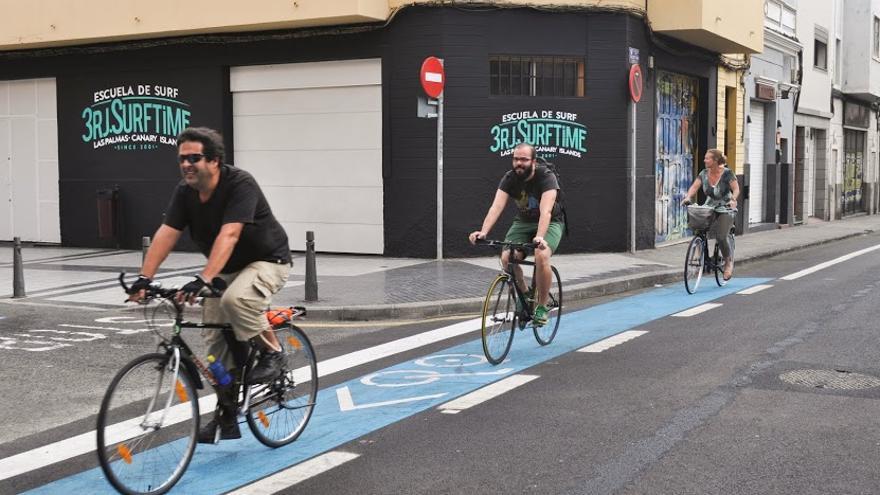 Nuevo carril bici en el barrio de Guanarteme en Las Palmas de Gran Canaria.