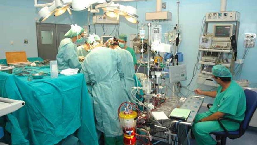 Imagen de un quirófano hospitalario. | FOTO: MADERO CUBERO