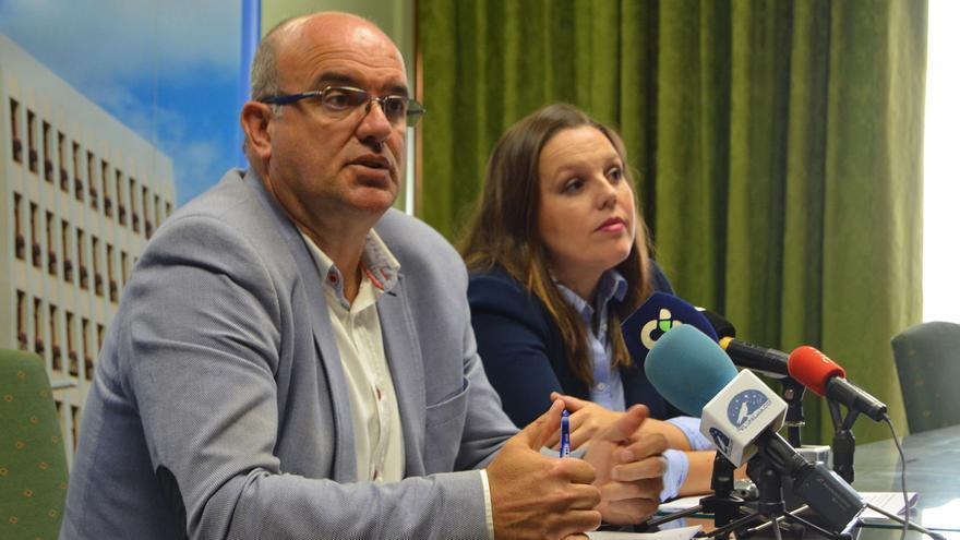 Anselmo Pestana y Laura Pérez.
